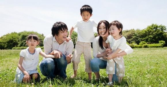 Khoa học tiết lộ bí quyết giúp phụ nữ xinh đẹp, trẻ lâu đó là chỉ nên sinh từ 1 đến 2 con - Ảnh 3