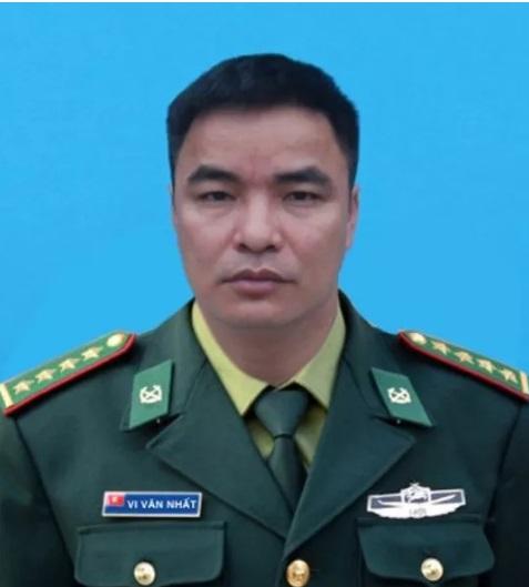 Thiếu tá biên phòng hi sinh khi bắt tội phạm ma túy chưa kịp đeo quân hàm mới - Ảnh 1