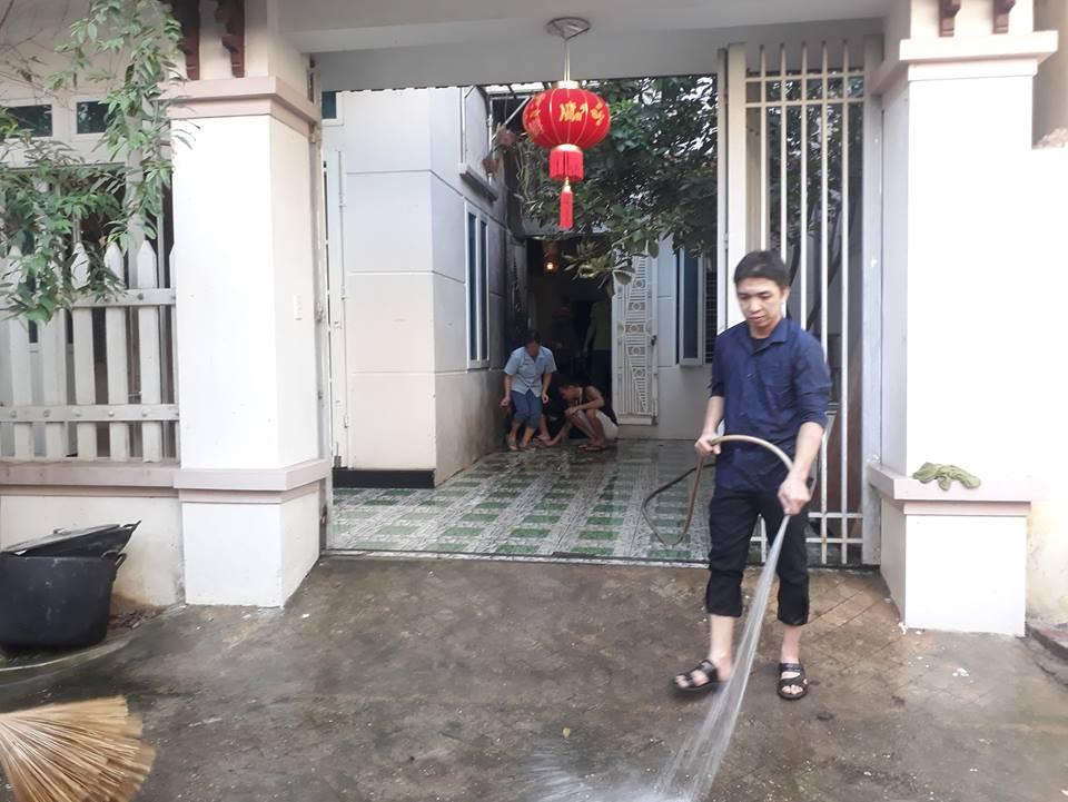 Vụ Trạm trưởng trạm y tế chém 3 người thương vong: Sau khi chém gục nạn nhân, hung thủ đổ xăng châm lửa đốt nhà - Ảnh 2