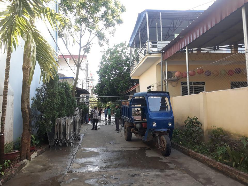 Vụ Trạm trưởng trạm y tế chém 3 người thương vong: Sau khi chém gục nạn nhân, hung thủ đổ xăng châm lửa đốt nhà - Ảnh 3