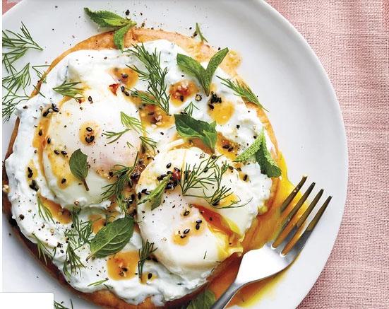 Người lười biếng sẽ thỏa mãn với những món trứng siêu ngon mà vô cùng đơn giản này - Ảnh 2