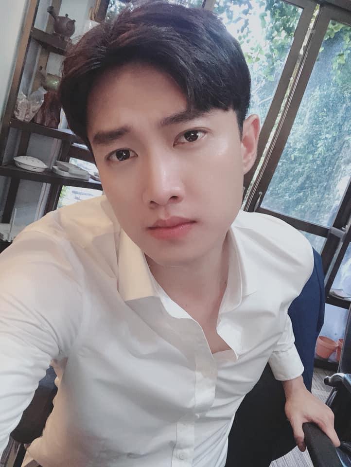 """Quốc Trường nhiệt tình """"thả thính"""", Hoa hậu Trần Tiểu Vy ra sức xin xỏ - Ảnh 3"""