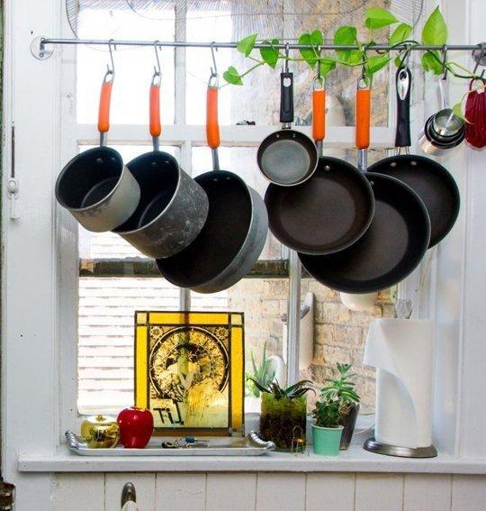 Chẳng còn thấy chật chội vì căn bếp quá nhỏ nhờ những mẹo vặt tiện lợi này - Ảnh 7