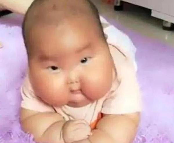Nhờ bà chăm cháu 1 tháng, mẹ trẻ hoảng sợ khi nhìn thấy mặt con - Ảnh 2