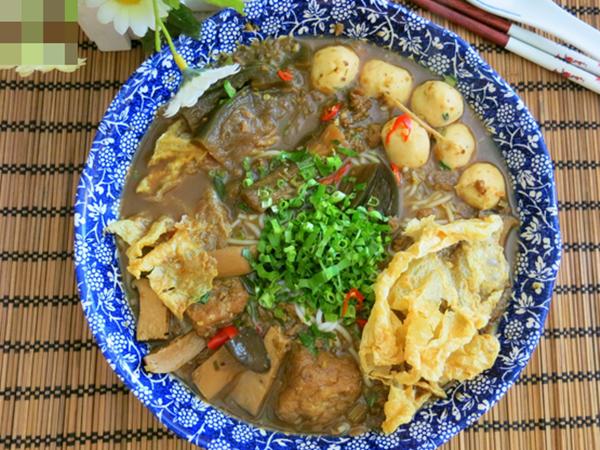 Tháng Vu Lan, học ngay cách làm bún mắm chay chuẩn ngon từ Food Blogger Liên Ròm - Ảnh 10