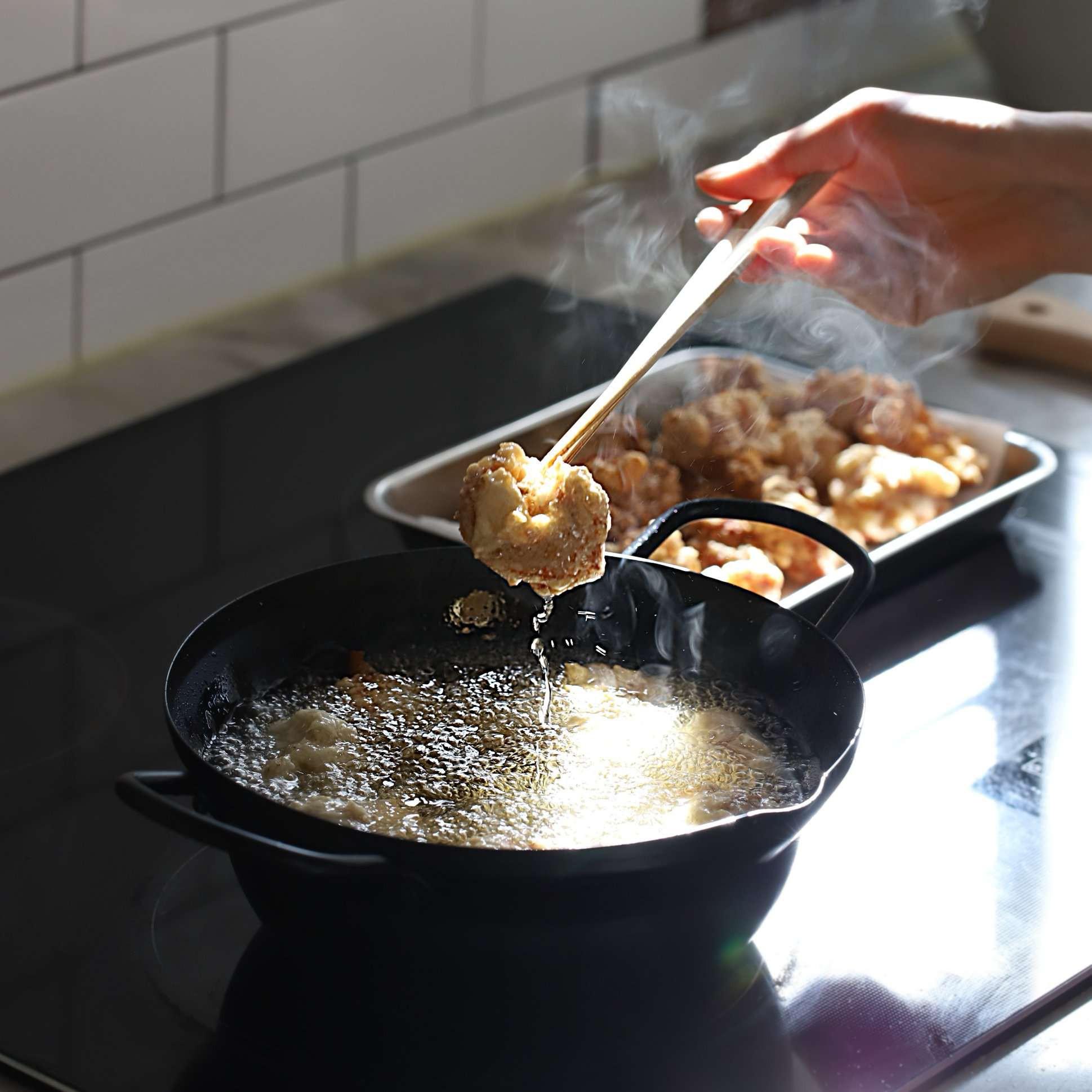 Không phải mất tiền khi đi ăn gà chiên nước tương kiểu Hàn bên ngoài nữa vì công thức cực chuẩn đây rồi! - Ảnh 4