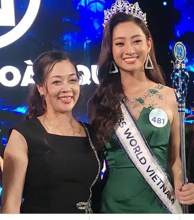 Mẹ Hoa hậu Thùy Linh: 'Chúng tôi không mua giải cho con' - Ảnh 1