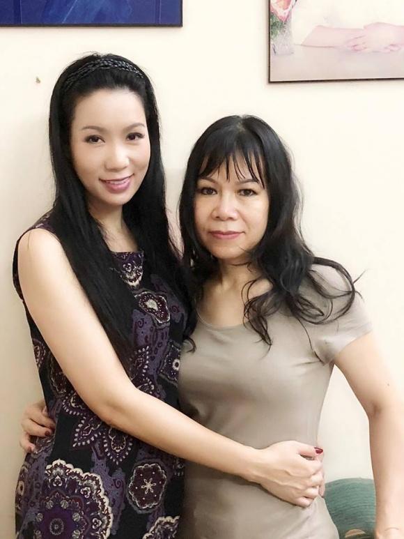 Chân dung chị gái lấy chồng Tây, hiếm khi xuất hiện của Á hậu Trịnh Kim Chi - Ảnh 1