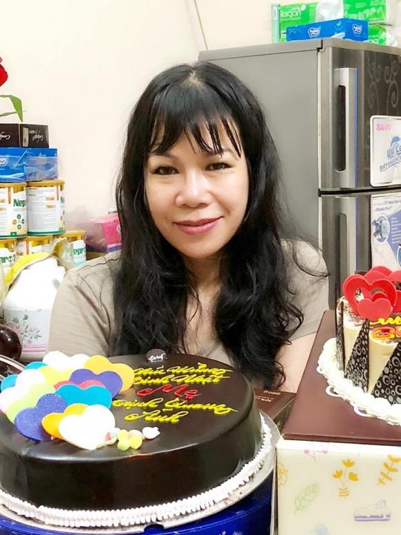 Chân dung chị gái lấy chồng Tây, hiếm khi xuất hiện của Á hậu Trịnh Kim Chi - Ảnh 2