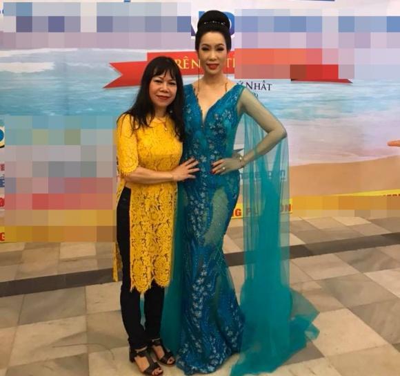 Chân dung chị gái lấy chồng Tây, hiếm khi xuất hiện của Á hậu Trịnh Kim Chi - Ảnh 4