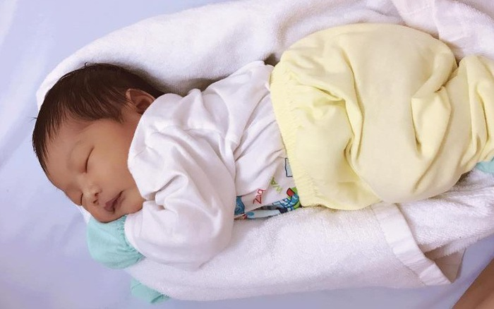 Nữ y tá Việt được hàng triệu bậc cha mẹ gọi là 'người hùng' nhờ phương pháp ru bé ngủ 'trong một nốt nhạc' - Ảnh 3