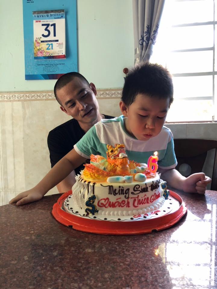 Bị tố 'chối vợ bỏ con', Quách Ngọc Ngoan bất ngờ khoe ảnh mừng sinh nhật con trai Lê Phương - Ảnh 3