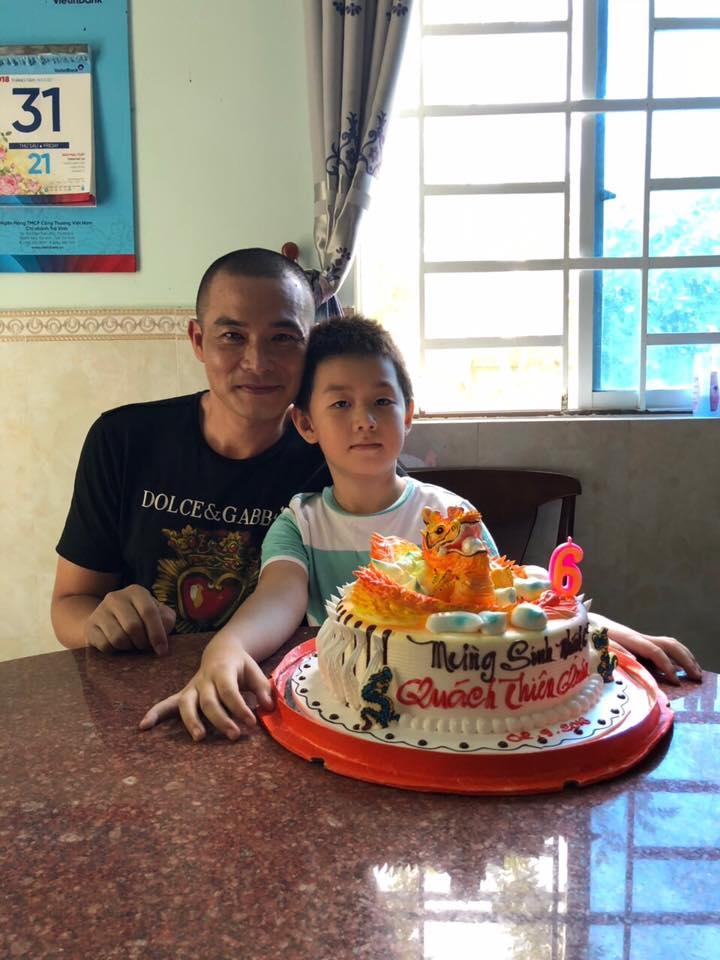 Bị tố 'chối vợ bỏ con', Quách Ngọc Ngoan bất ngờ khoe ảnh mừng sinh nhật con trai Lê Phương - Ảnh 4