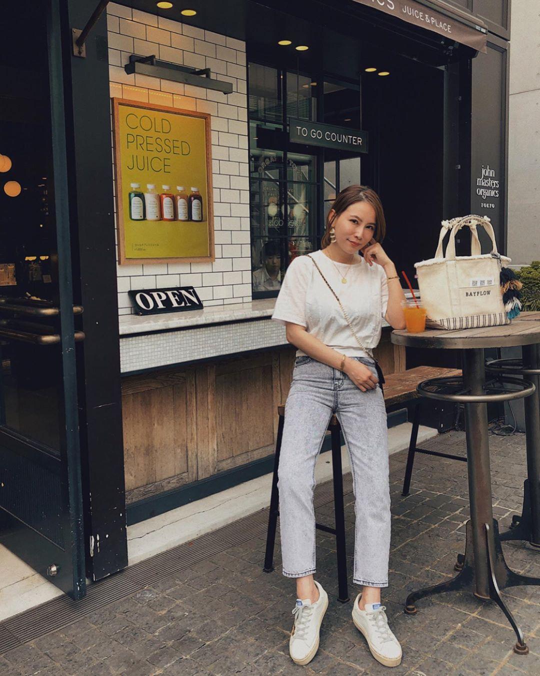 4 lý do nàng công sở nên sắm ngay một đôi sneakers trắng: Thuyết phục nhất là khả năng 'hack' tuổi và sành điệu hóa style - Ảnh 11