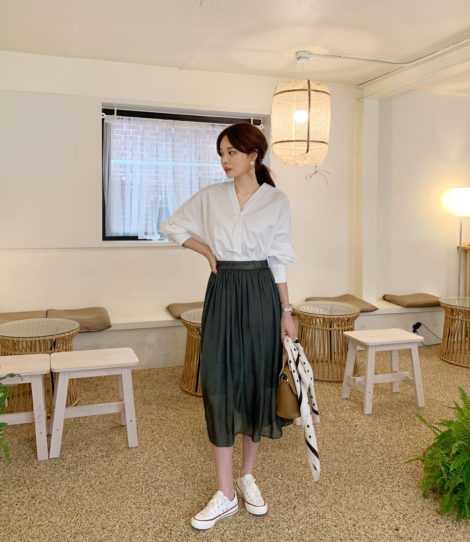 4 lý do nàng công sở nên sắm ngay một đôi sneakers trắng: Thuyết phục nhất là khả năng 'hack' tuổi và sành điệu hóa style - Ảnh 6