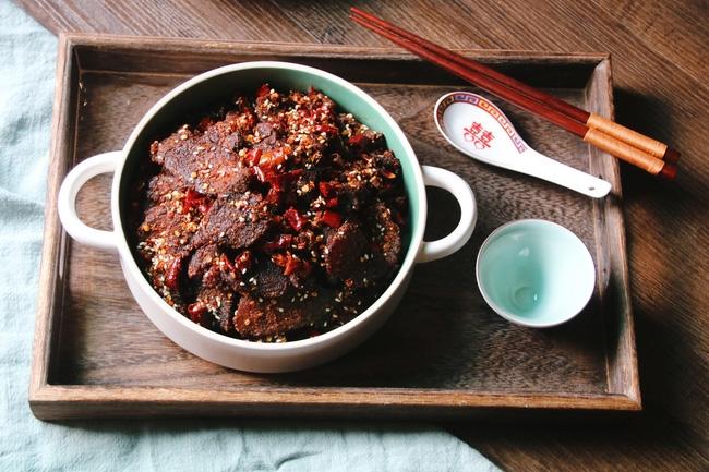 Cách làm thịt bò khô dai ngon đúng điệu chẳng cần lò nướng, tha hồ nhâm nhi ngày mưa  - Ảnh 1