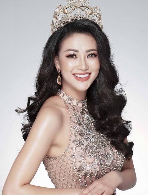 Hình ảnh xinh đẹp và chia sẻ đầu tiên của Nguyễn Phương Khánh khi đăng quang Hoa hậu Trái đất 2018 - Ảnh 3