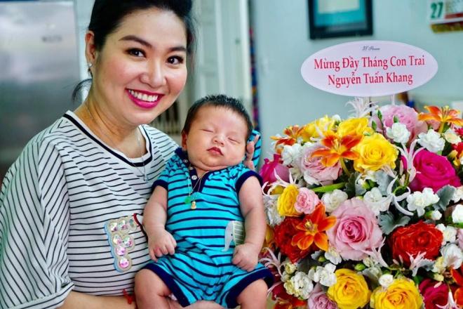 Vừa thấy cận mặt con trai Lê Khánh, Lương Thế Thành 'kêu trời' khi phát hiện ra điểm bất ngờ - Ảnh 4