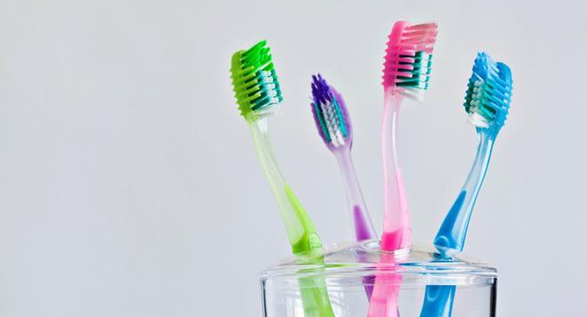 Đánh răng tuy đơn giản nhưng nếu bỏ qua 5 nguyên tắc sau thì chỉ khiến sức khỏe răng miệng của bạn ngày càng xuống cấp trầm trọng - Ảnh 5