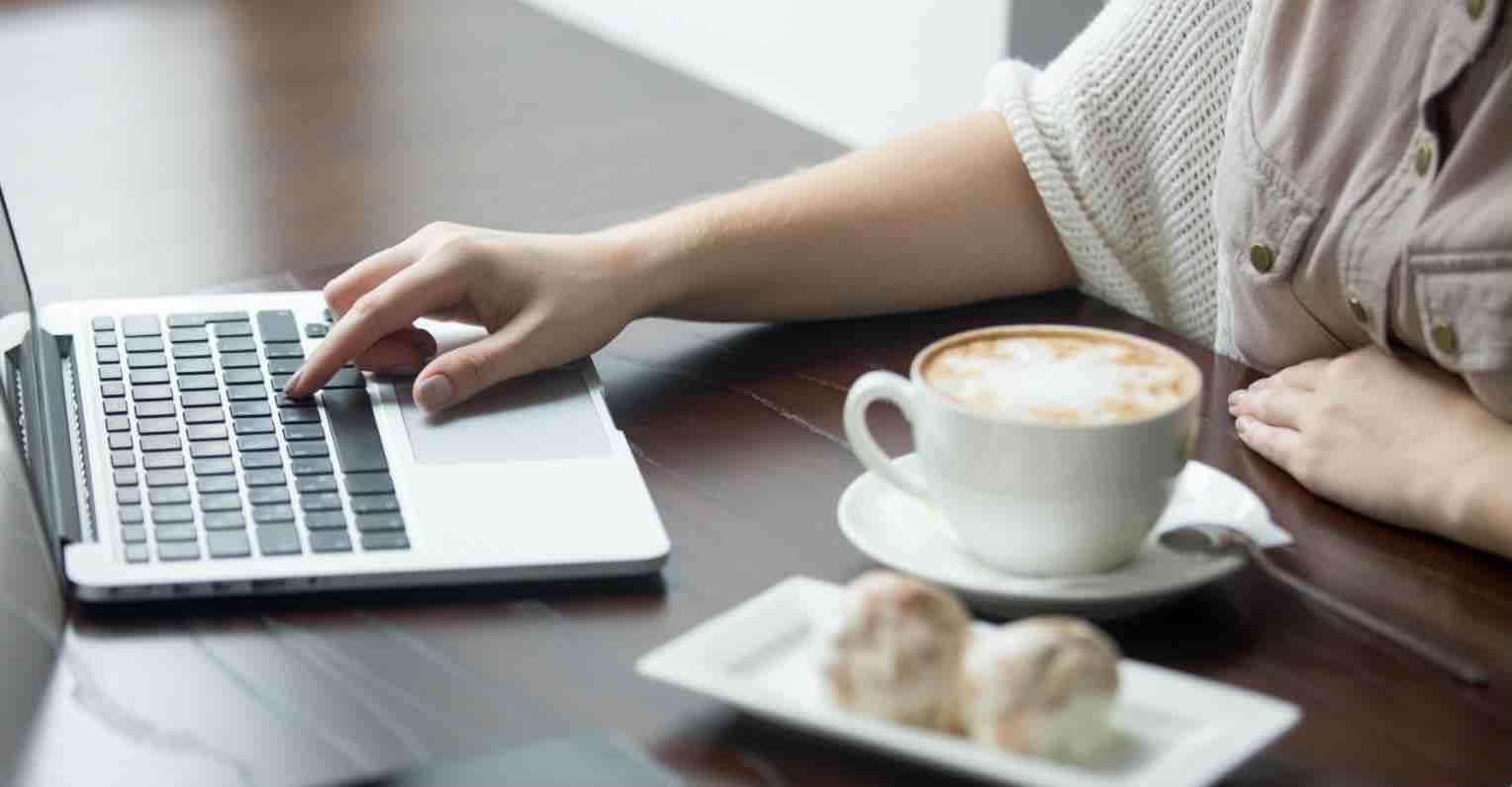 Dùng máy tính thường xuyên mà cứ mắc phải những thói quen gây hại này chỉ khiến sức khỏe bị ảnh hưởng nghiêm trọng - Ảnh 3
