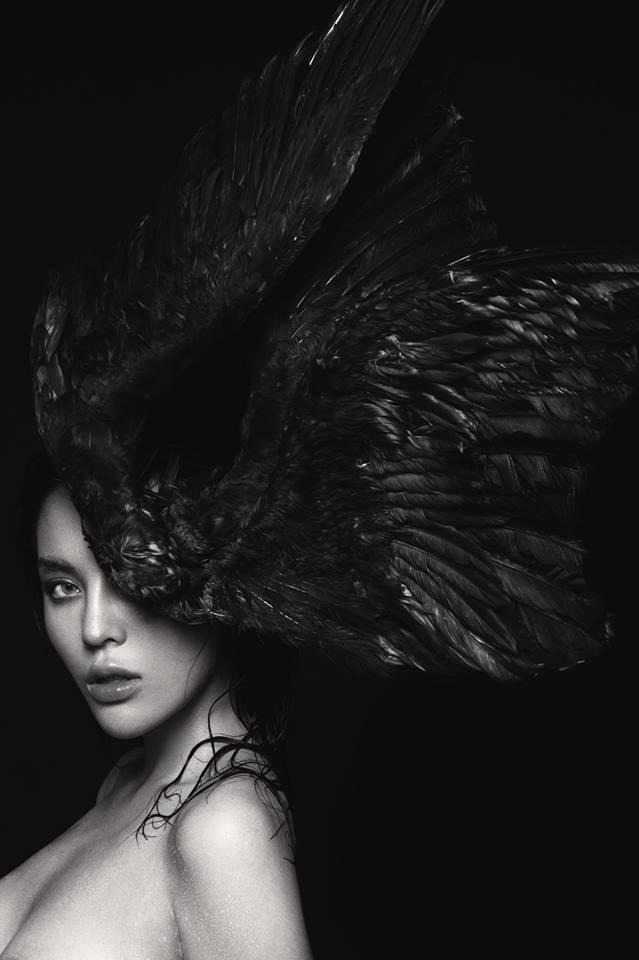 'Toát mồ hôi' khi xem Hoa hậu Kỳ Duyên diện váy dây 'quên nội y' hờ hững - Ảnh 6