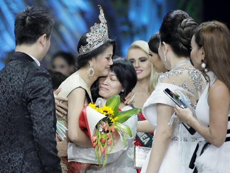 Tiết lộ thân thế bất ngờ của Tân Hoa hậu Trái đất Phương Khánh, mối quan hệ với Ngọc Trinh 'không phải dạng vừa' - Ảnh 1