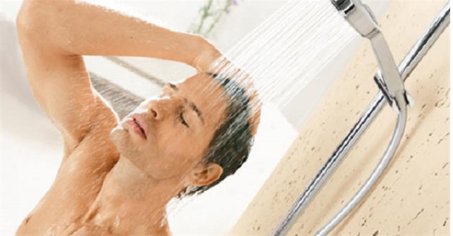 7 lợi ích không thể bỏ qua của việc tắm nước lạnh hàng ngày - Ảnh 2