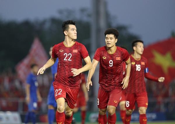 Tiến Linh: Từ nỗi sợ không biết đá bóng đến người hùng của U22 Việt Nam - Ảnh 5