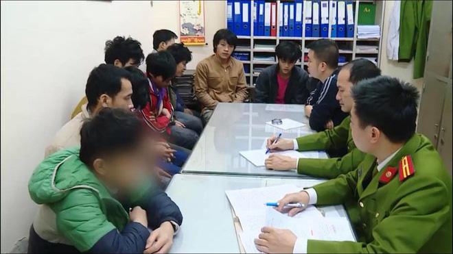 Hà Nội: Chủ thầu xây dựng lấy ma túy trả công cho công nhân lao động, nhiều người trở thành con nghiện nặng - Ảnh 1
