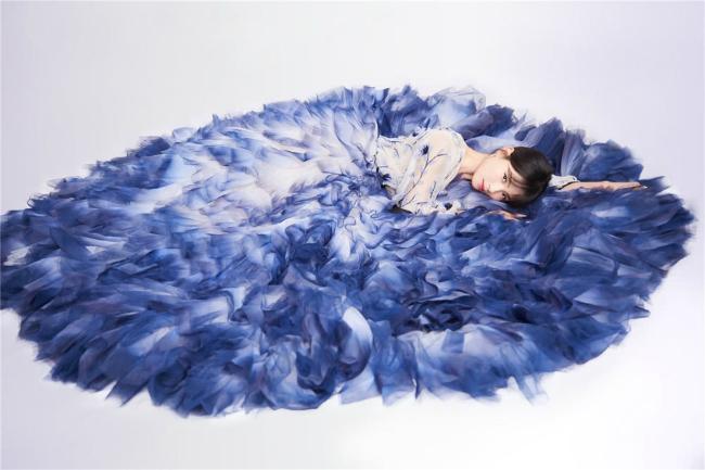 'A Châu' Lưu Đào đẹp như tiên nữ trên sân khấu chào xuân - Ảnh 9