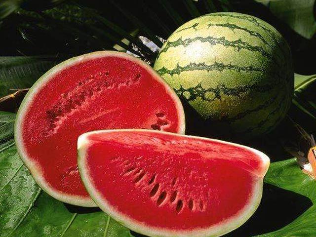 Cách chọn mua hoa quả an toàn trong ngày Tết - Ảnh 1