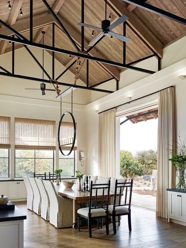 Tuyệt chiêu lựa chọn rèm cửa để nâng tầm vẻ đẹp của căn phòng ăn gia đình để đón xuân mới - Ảnh 8