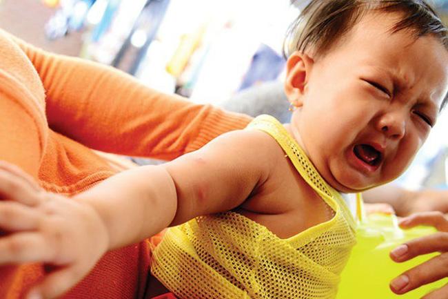 Đây chính là điều cha mẹ nên lo lắng khi con cái thường xuyên bị muỗi đốt - Ảnh 4
