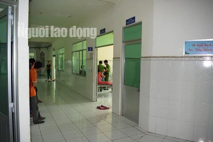 Phẫn nộ kẻ đột nhập nhà vệ sinh, tấn công sản phụ đòi quan hệ tình dục - Ảnh 2
