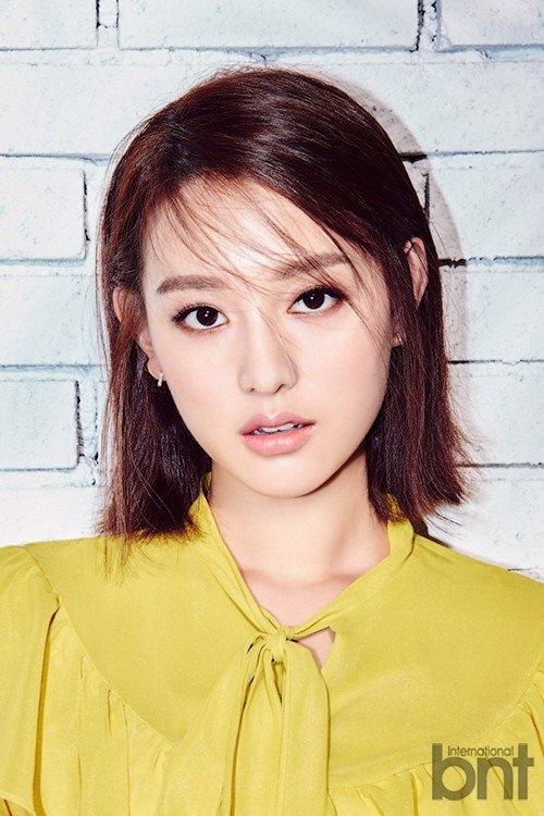 U40 vẫn trẻ xinh như Song Hye Kyo, thẳng tay xuống tóc là điều nên thử! - Ảnh 10
