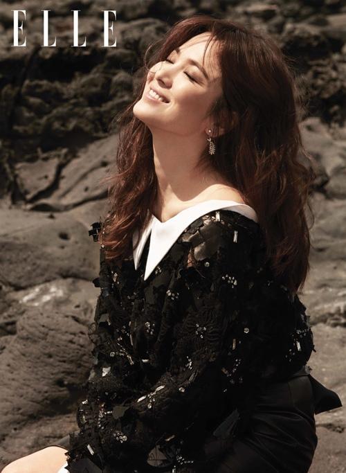 U40 vẫn trẻ xinh như Song Hye Kyo, thẳng tay xuống tóc là điều nên thử! - Ảnh 5