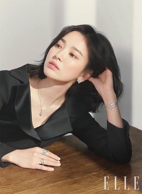 U40 vẫn trẻ xinh như Song Hye Kyo, thẳng tay xuống tóc là điều nên thử! - Ảnh 6