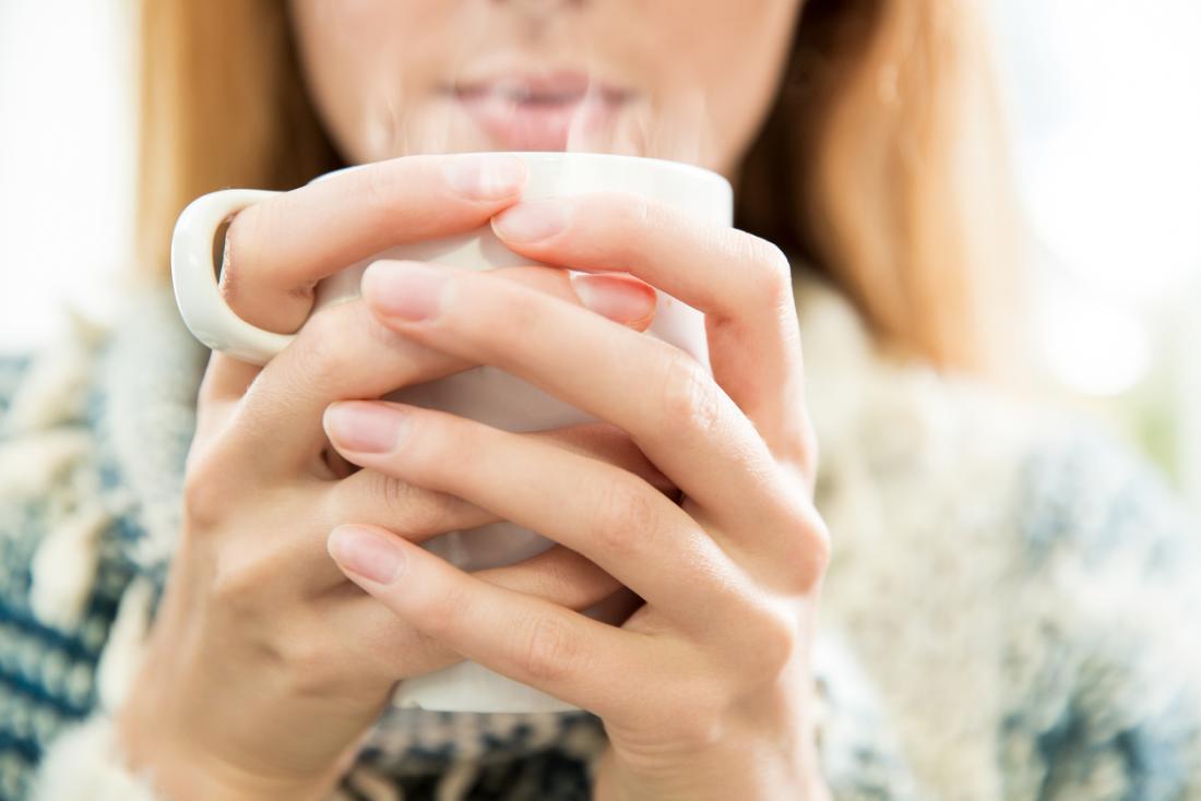 Uống ly nước nóng vào 2 thời điểm này trong ngày: Đào thải độc tố, giảm cân và nhiều lợi ích khác - Ảnh 2