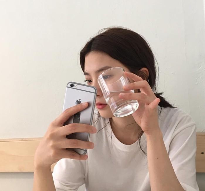 Uống ly nước nóng vào 2 thời điểm này trong ngày: Đào thải độc tố, giảm cân và nhiều lợi ích khác - Ảnh 3