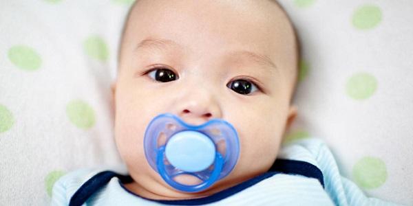 6 mẹo đơn giản chữa chứng nấc cụt an toàn và hiệu quả cho trẻ sơ sinh - Ảnh 2