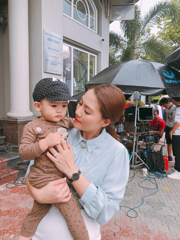 Chưa đầy 2 tuổi, 'hoàng tử' nhà Ngọc Lan – Thanh Bình đã đẹp trai như soái ca - Ảnh 1
