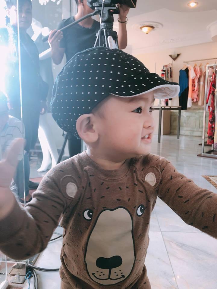 Chưa đầy 2 tuổi, 'hoàng tử' nhà Ngọc Lan – Thanh Bình đã đẹp trai như soái ca - Ảnh 3