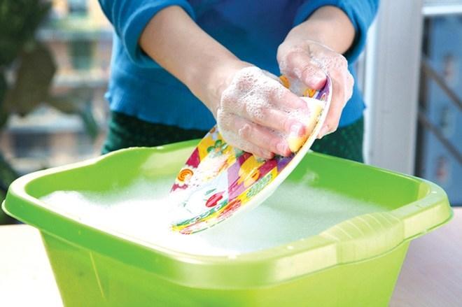Vạch trần những lỗi rửa chén bát không sạch và cách khắc phục - Ảnh 1