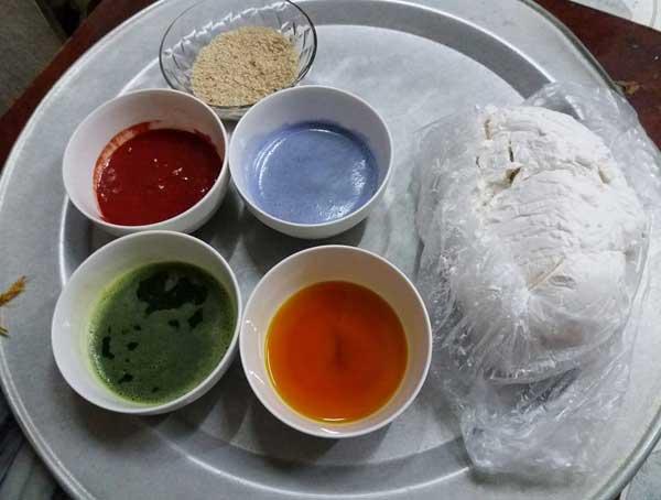 Cách làm bánh trôi ngũ sắc từ bột khô và bột ướt - Ảnh 1