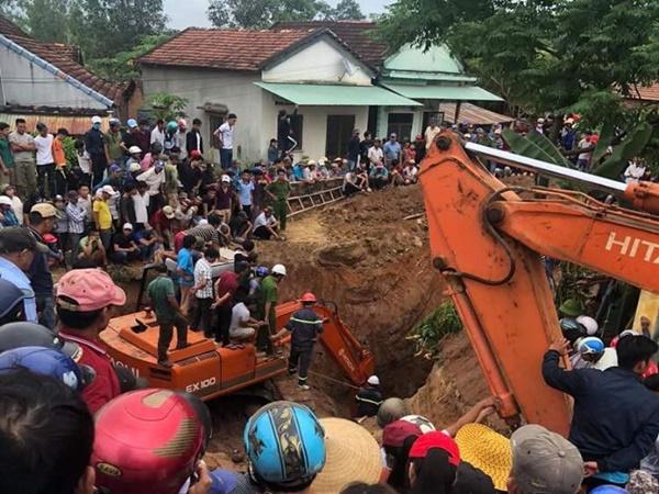 Đi đào giếng thuê, cụ ông bị đất đá vùi lấp sâu 8m, thiệt mạng - Ảnh 1