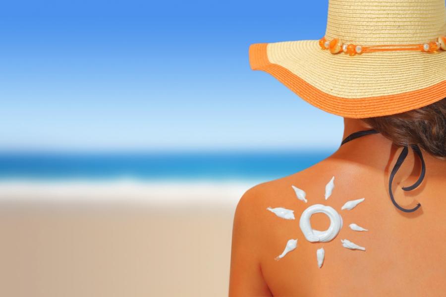 Lưu ý khi sử dụng kem chống nắng với da, tránh ảnh hưởng đến sức khỏe - Ảnh 5