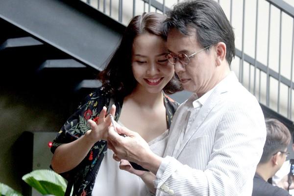Hôn nhân được nhà ngoại chấp thuận của nhạc sĩ tuổi 70 với vợ trẻ kém 44 tuổi - Ảnh 3