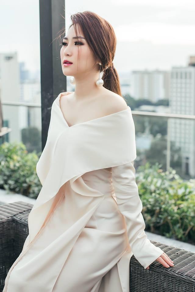 Mẹ Hương Tràm lên tiếng về việc con gái tạm ngừng ca hát  - Ảnh 2