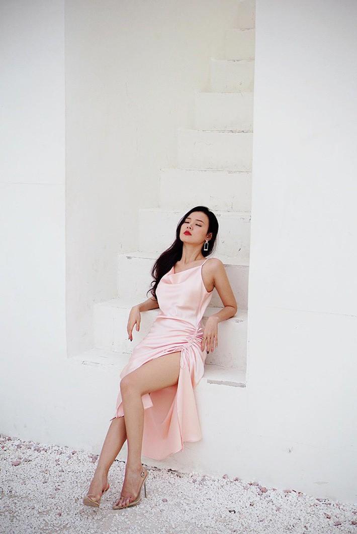 Midu quả là khéo mặc: Một chiếc váy diện đến 6 màu, mix đủ kiểu mà chẳng kiểu nào nhàm - Ảnh 2