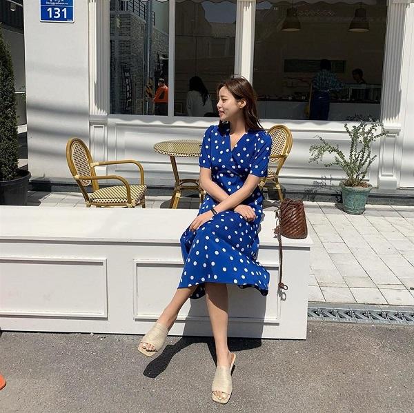 """Những mẫu váy đẹp """"nao lòng"""" xứng đáng được chị em đầu tư chưng diện hè 2020 - Ảnh 4"""